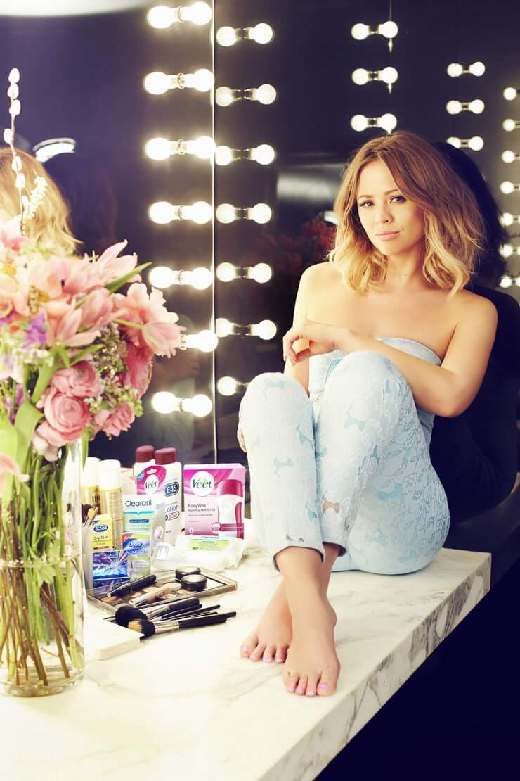 Kimberley Walsh awesome pic