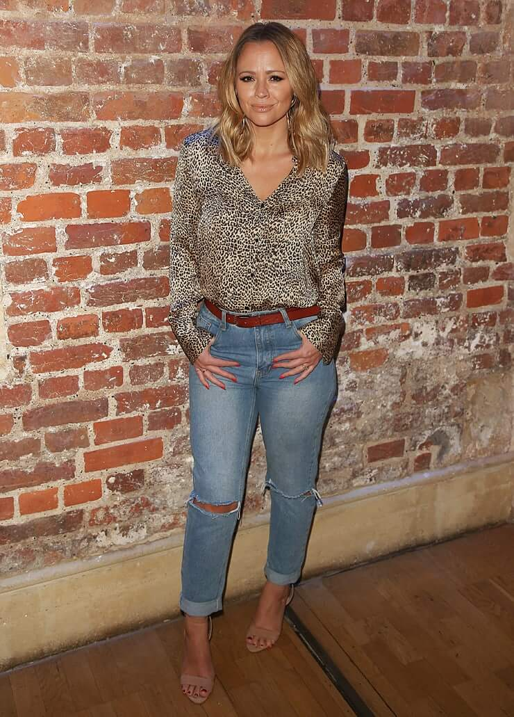 Kimberley Walsh sexy jeans pic