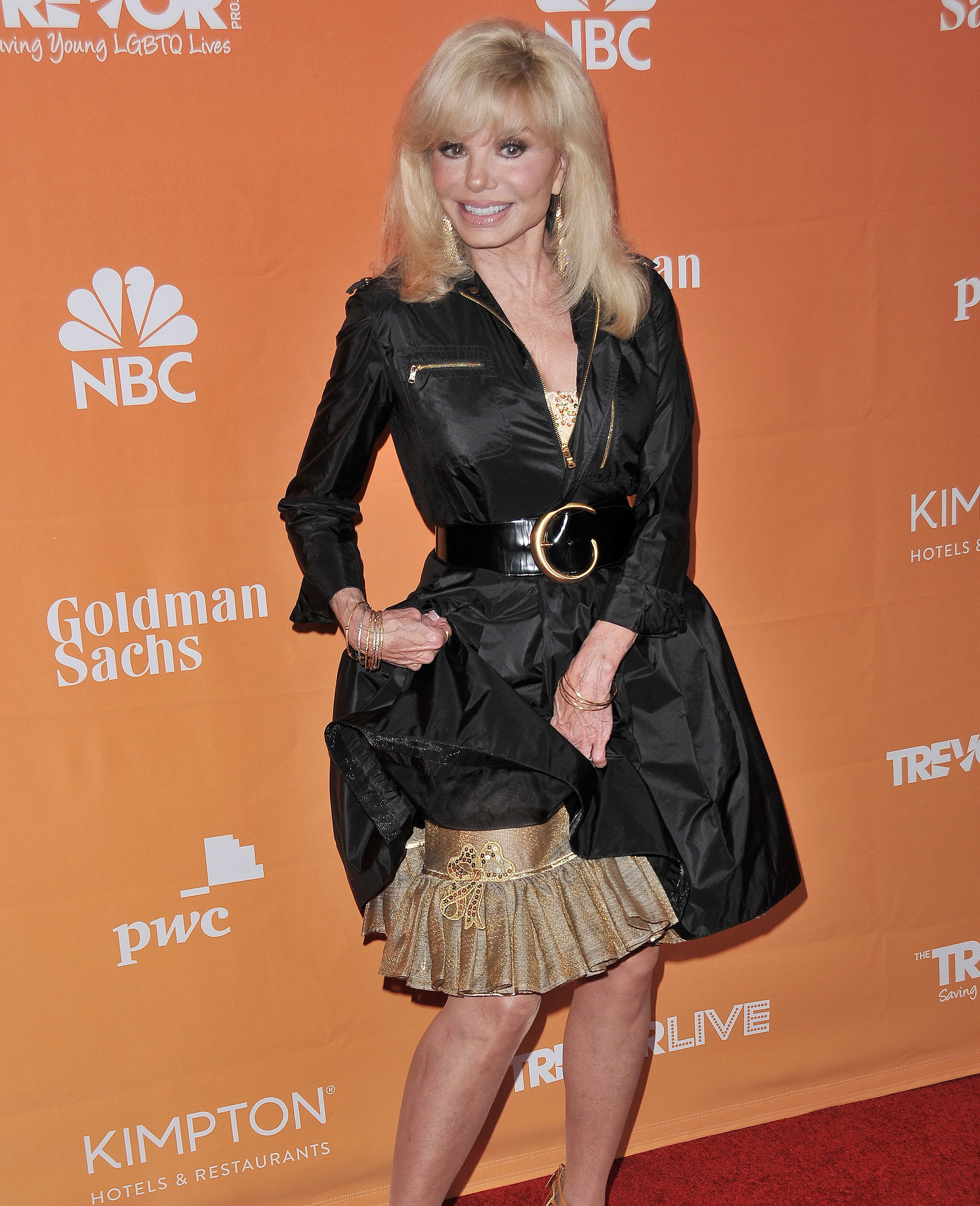 Loni Anderson Hot in Black Dress