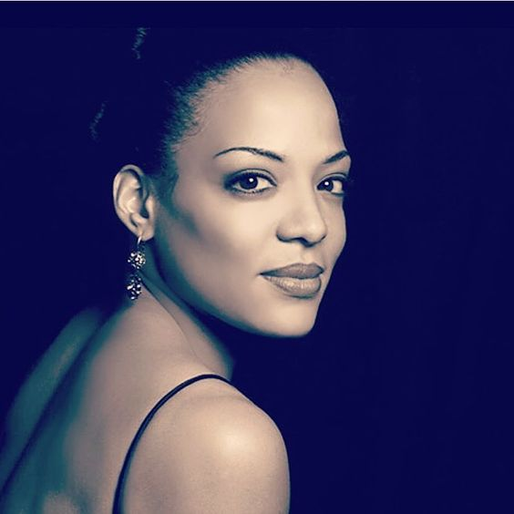 Luna Lauren Velez Hot Photoshoot