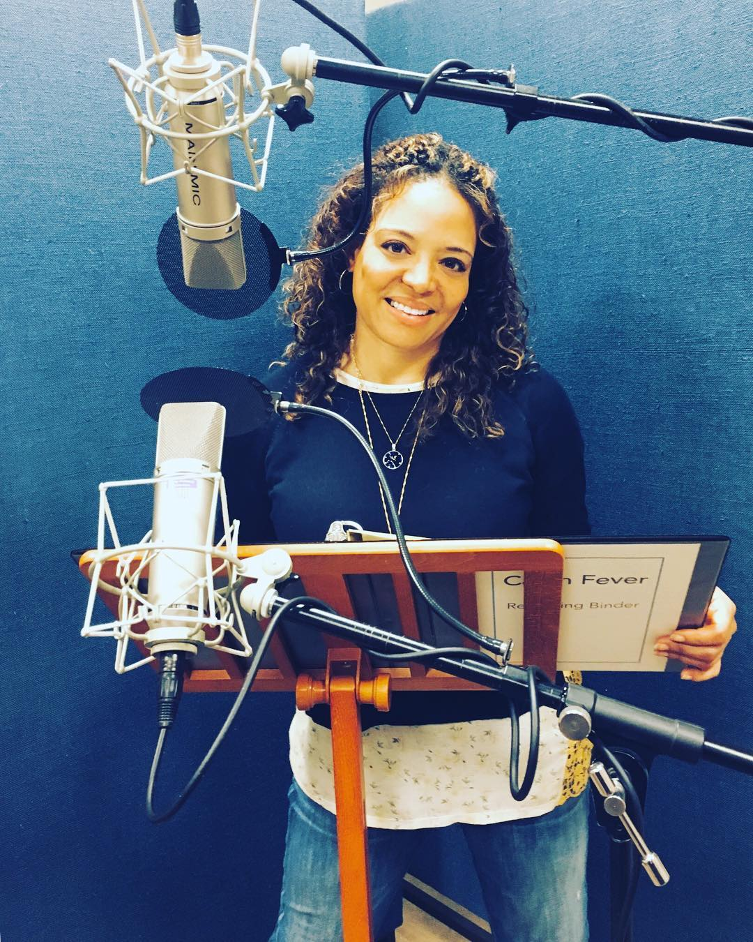 Luna Lauren Velez Singing Song