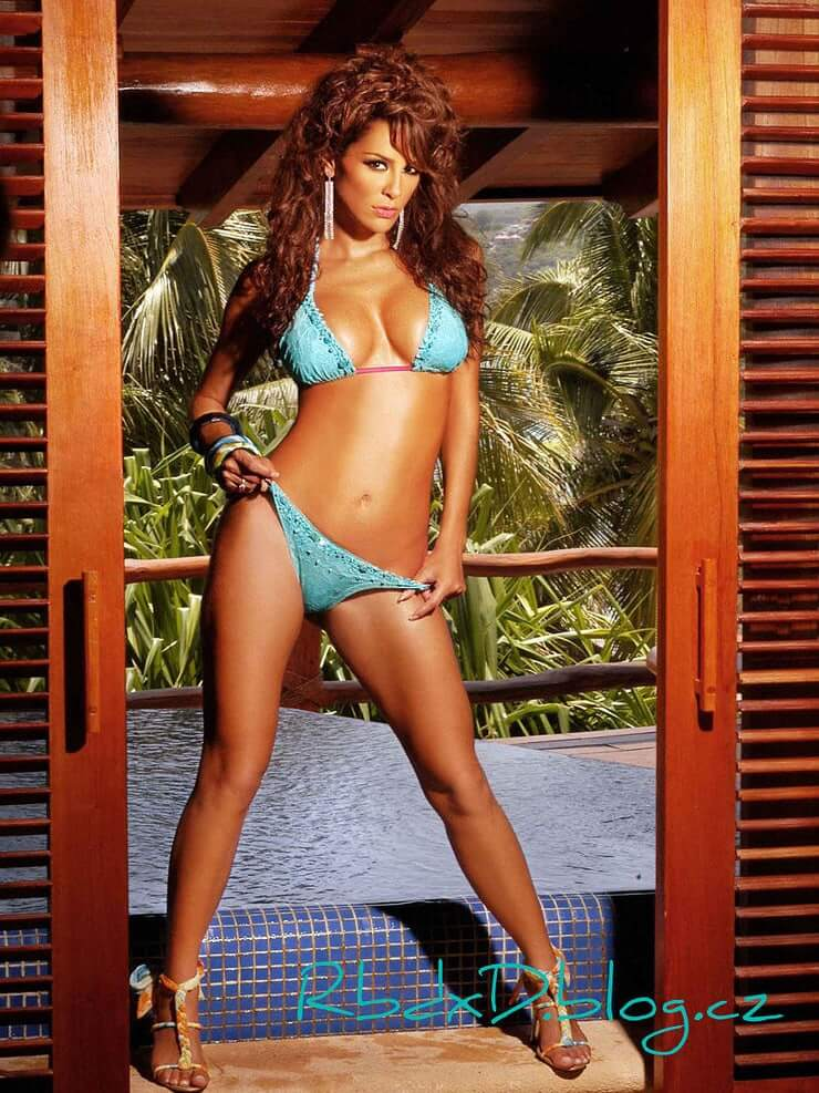 upskirt-de-ninel-conde-sexy-asian-cowgirl-style