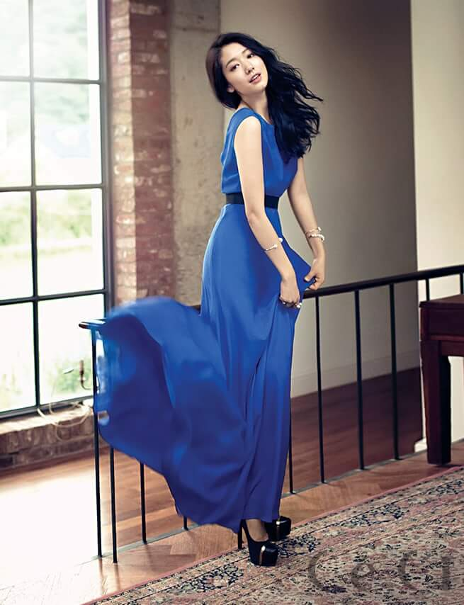 Park Shin Hye awesome pciture