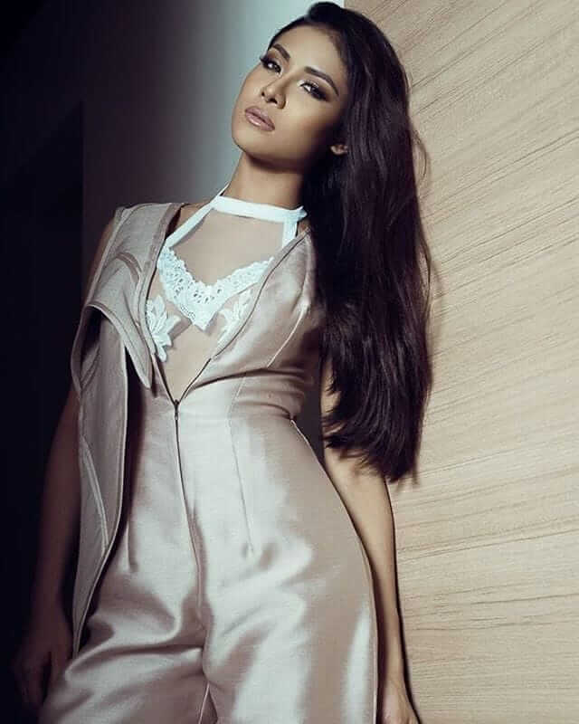 Sanya Lopez SEXY LONG DRESS PIC