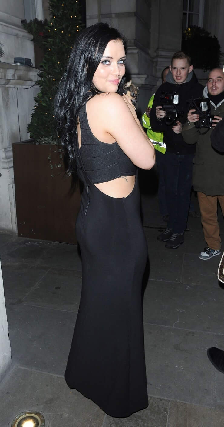 Shona mcgarty hot side pic (2)