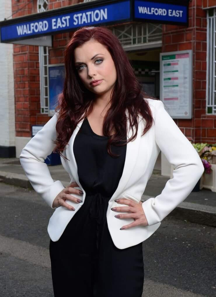 Shona mcgarty sexy cleavage picture