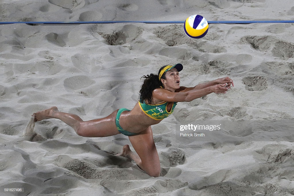 Talita Antunes Playing Volley Ball