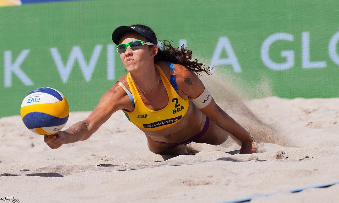 Talita Antunes Playing Volleyball