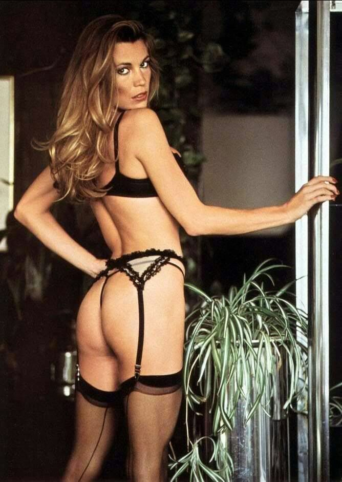 49 Hot Pictures Of Vanna White Which Will Keep You Up At -5412