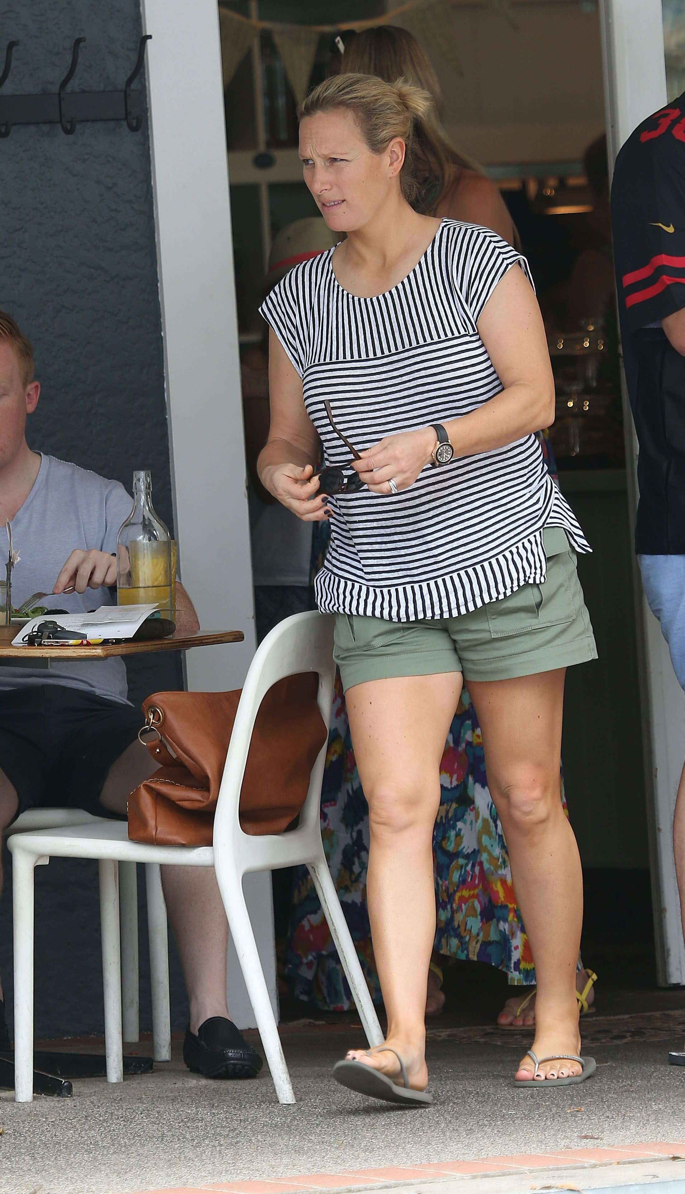 Zara Phillips sexy legs