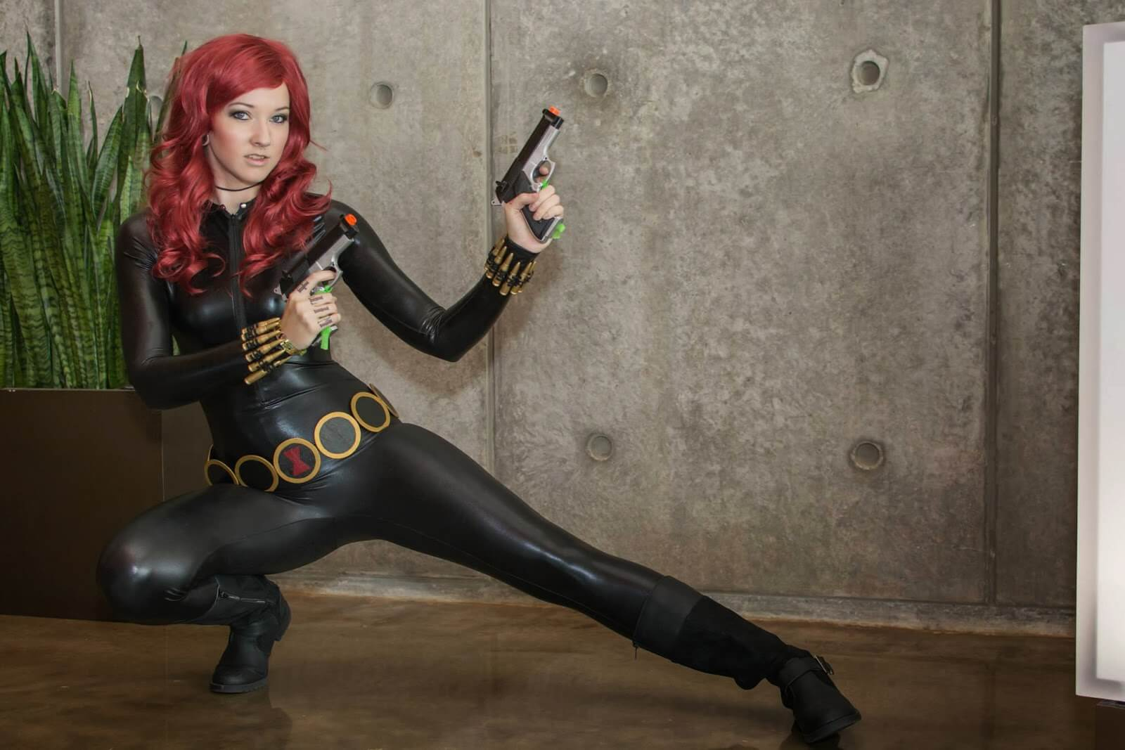 black widow sexy look pic