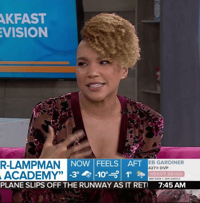 emmy raver-lampman awesome look pic