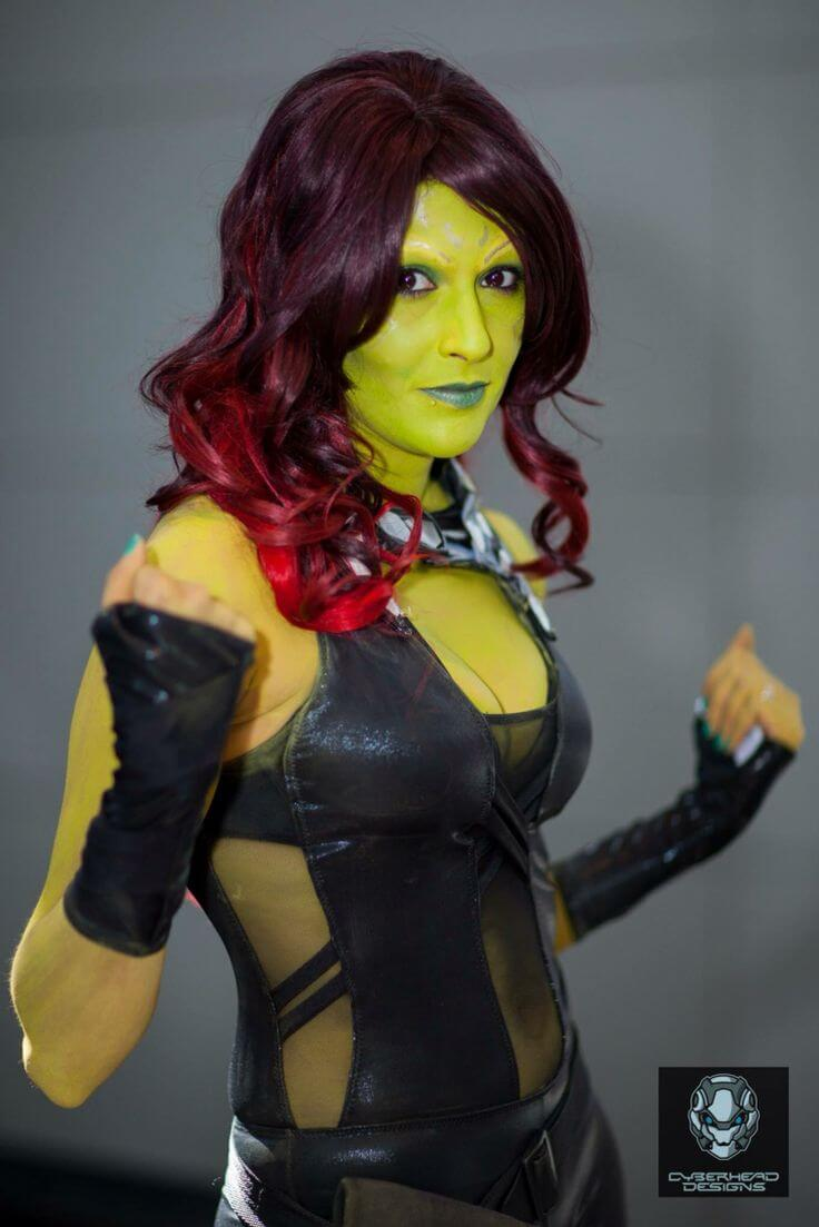 gamora sexy busty picture