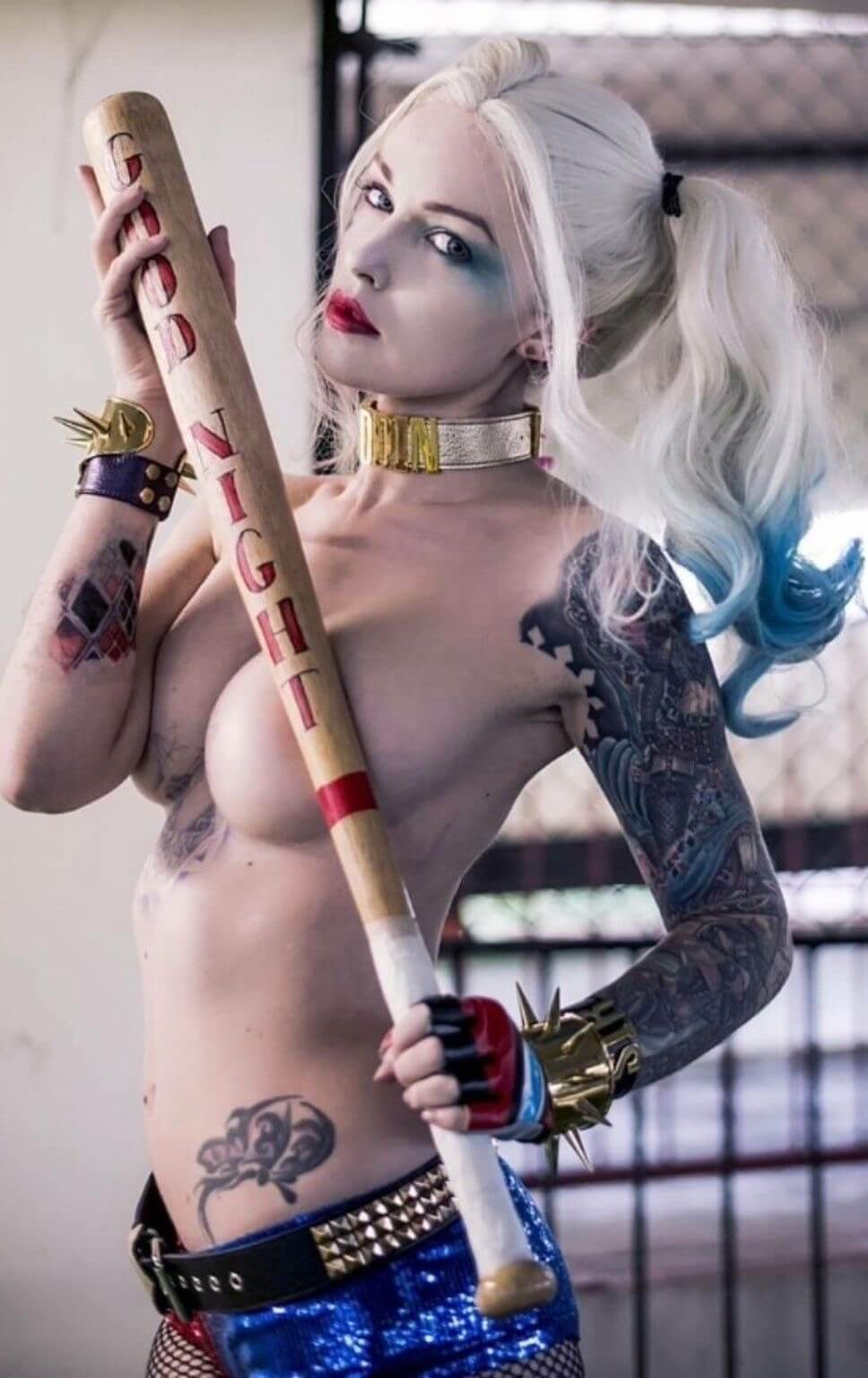 harley quinn topless