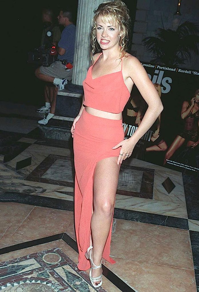 Melissa milano legs — photo 1