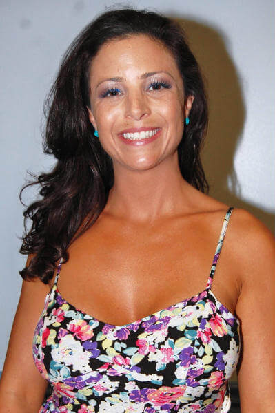 serena deeb cute smile