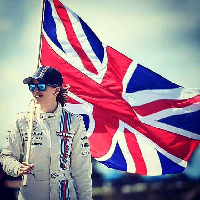 susie wolff with flage