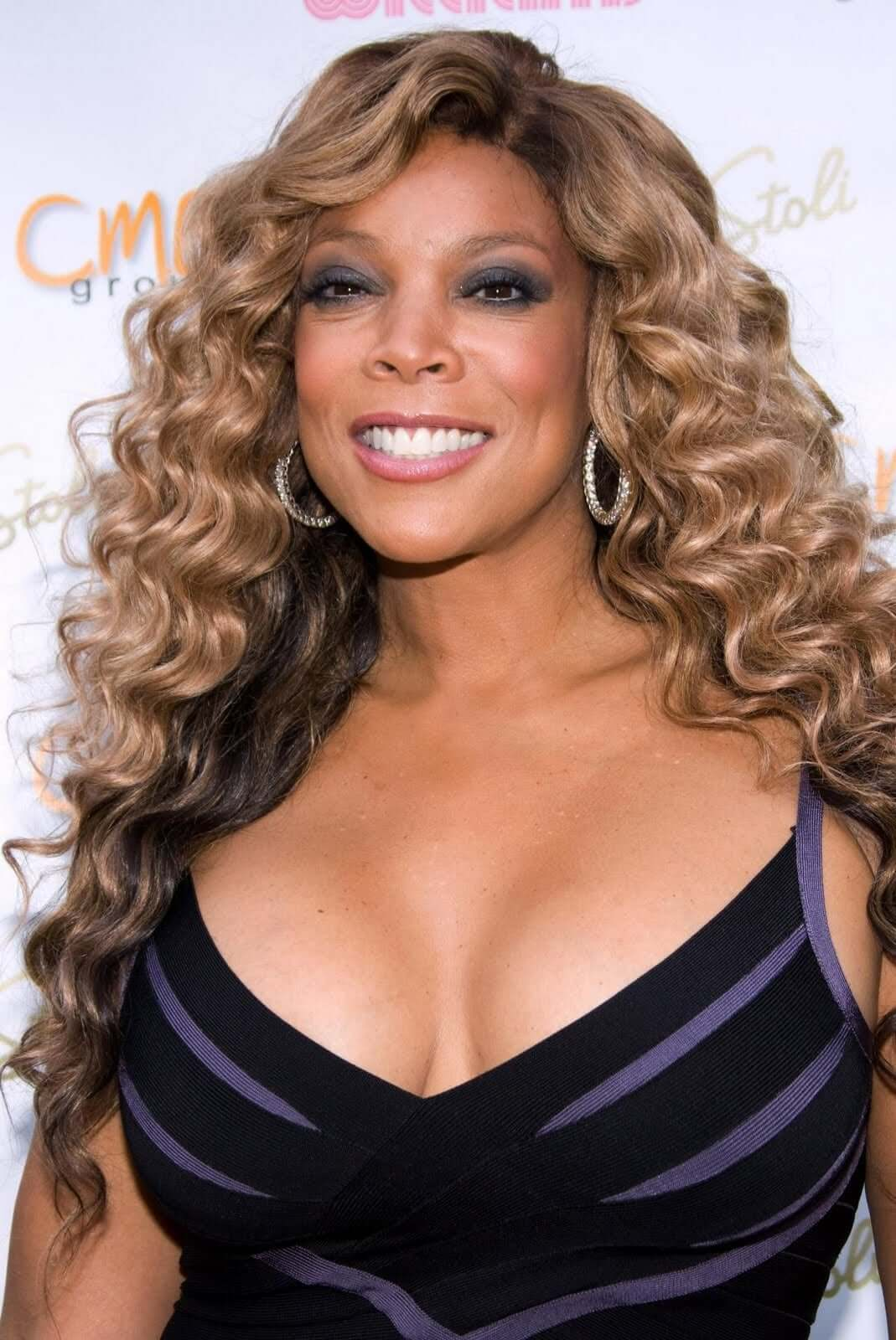 wendy williams cleavage photo