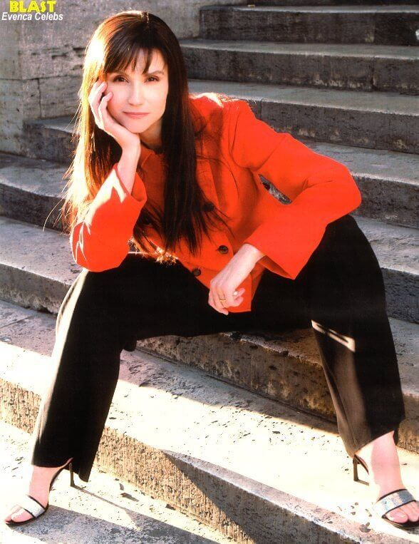 Alessandra Martines awesome pic (2)