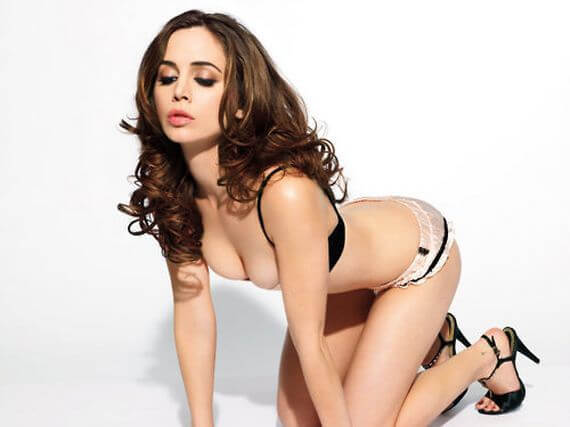 Alison Brie awesome picture (2)