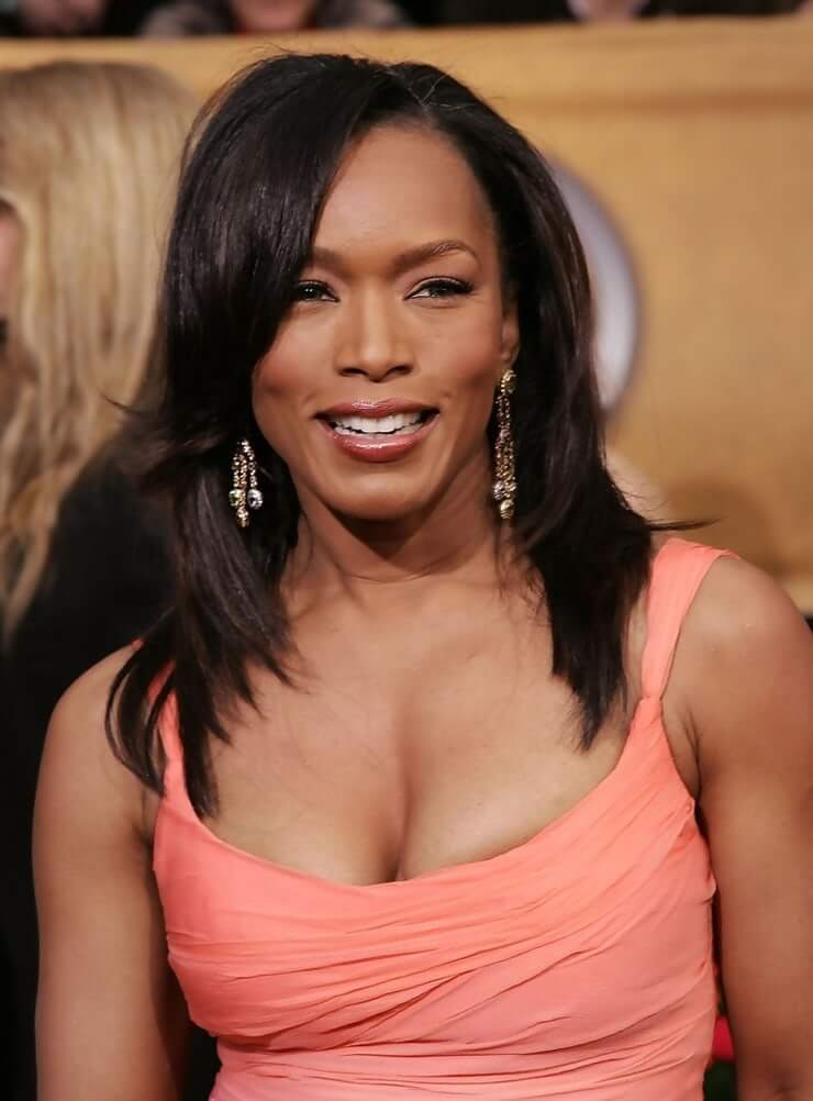 Angela Bassett awesome pictures (3)