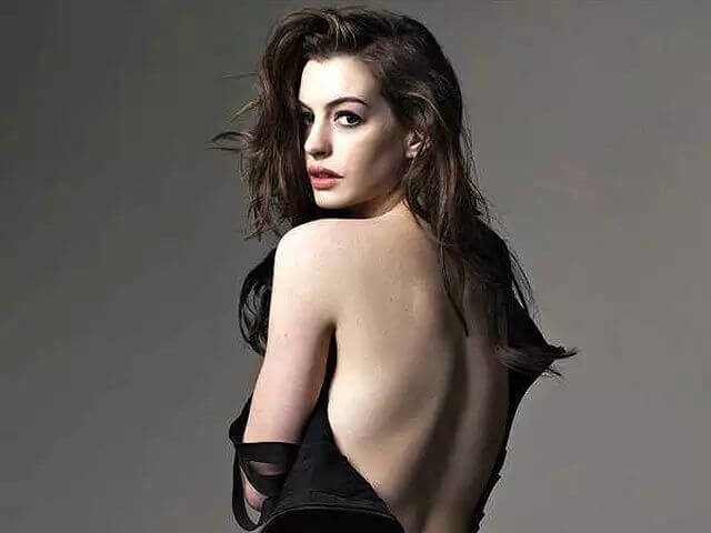 49 Hot Pictures Of Anne Hathaway Will Drive You Madly In Love With