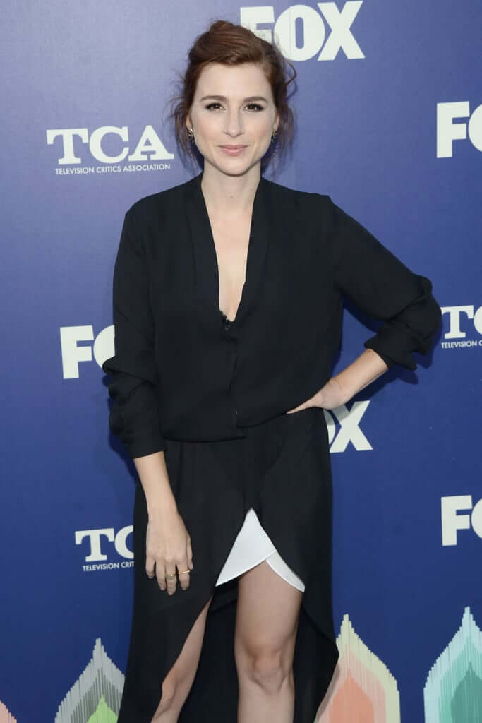 Aya Cash awesome pictures