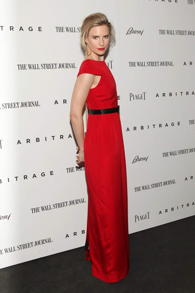 Brit Marling sexy red dress pic