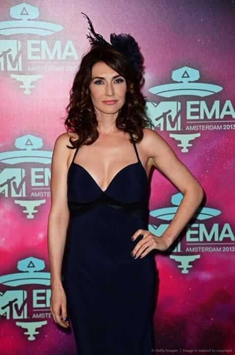 Carice van Houten hot boobs cleavage (3)