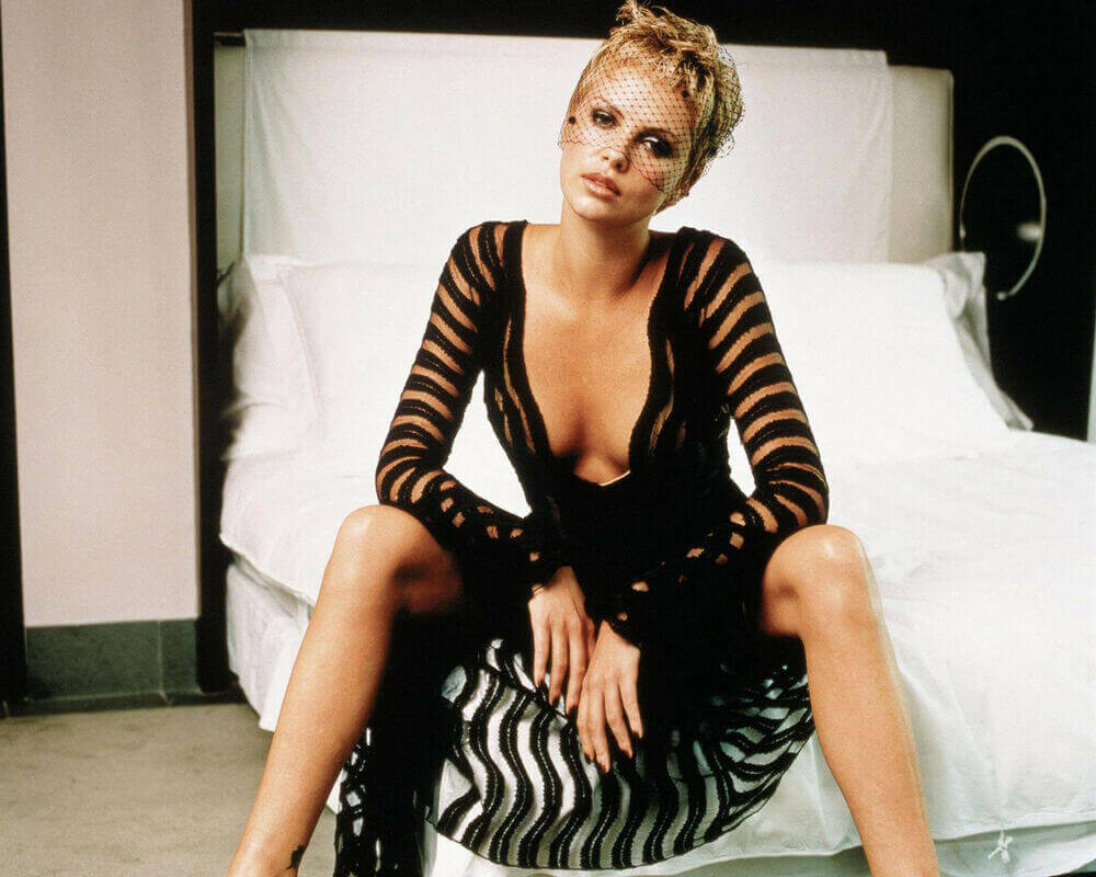 Charlize Theron hot cleavage pics