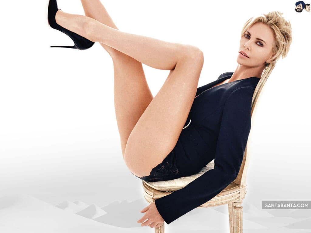 Charlize Theron sexy thighs