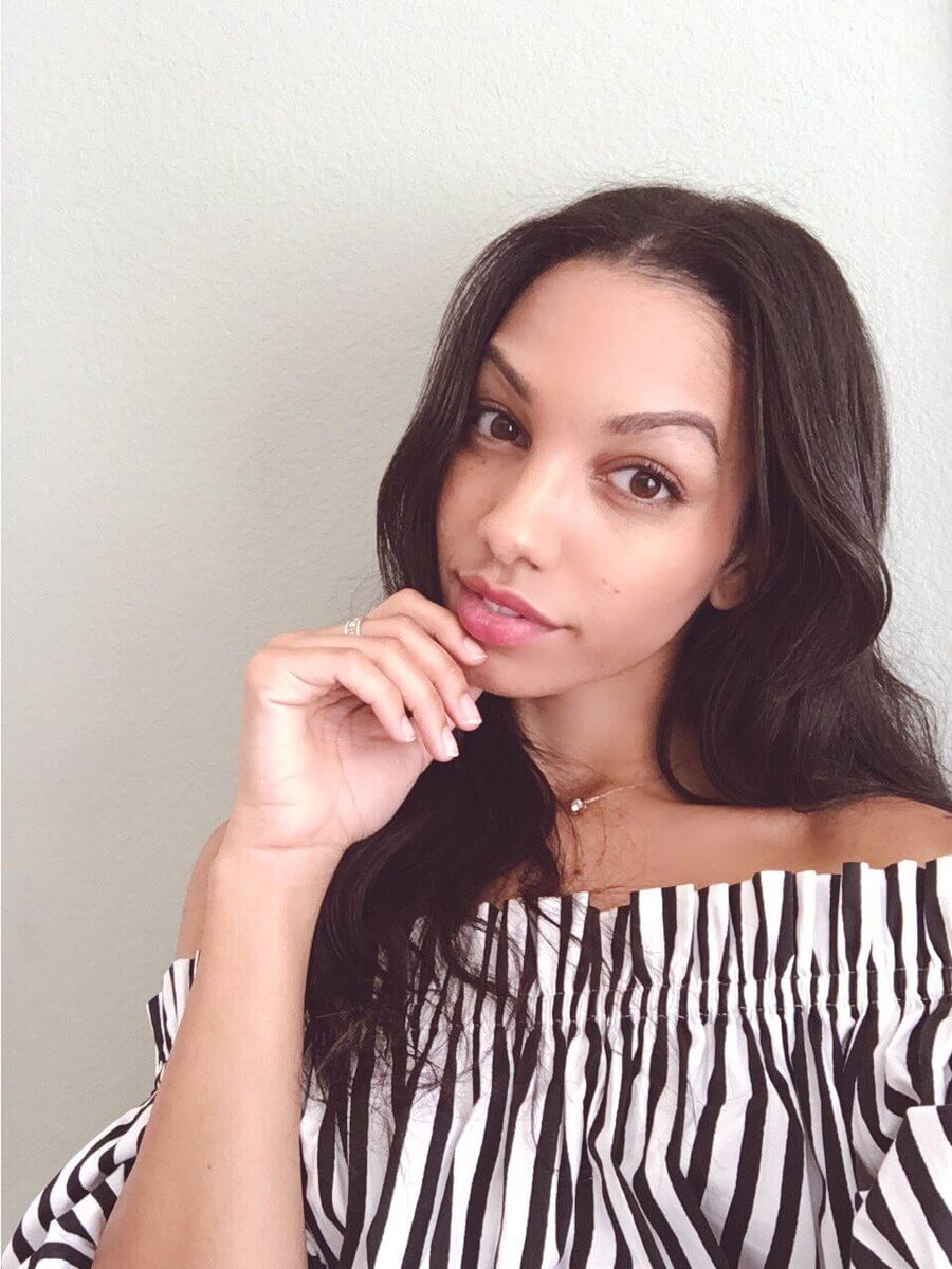 Corinne Foxx awesome and sexy pictures (3)