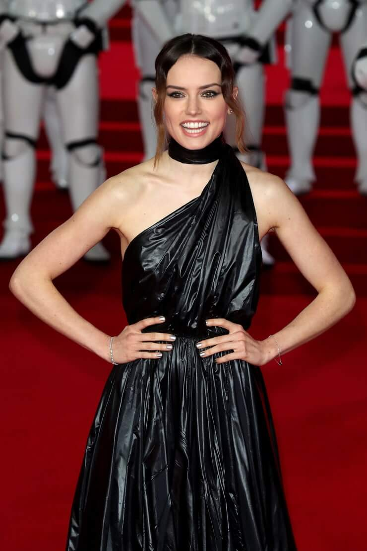 Daisy Ridley hot pictures (2)
