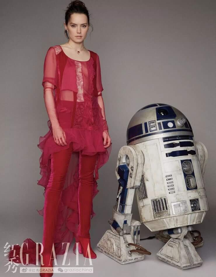 Daisy Ridley sexy pictures (1)