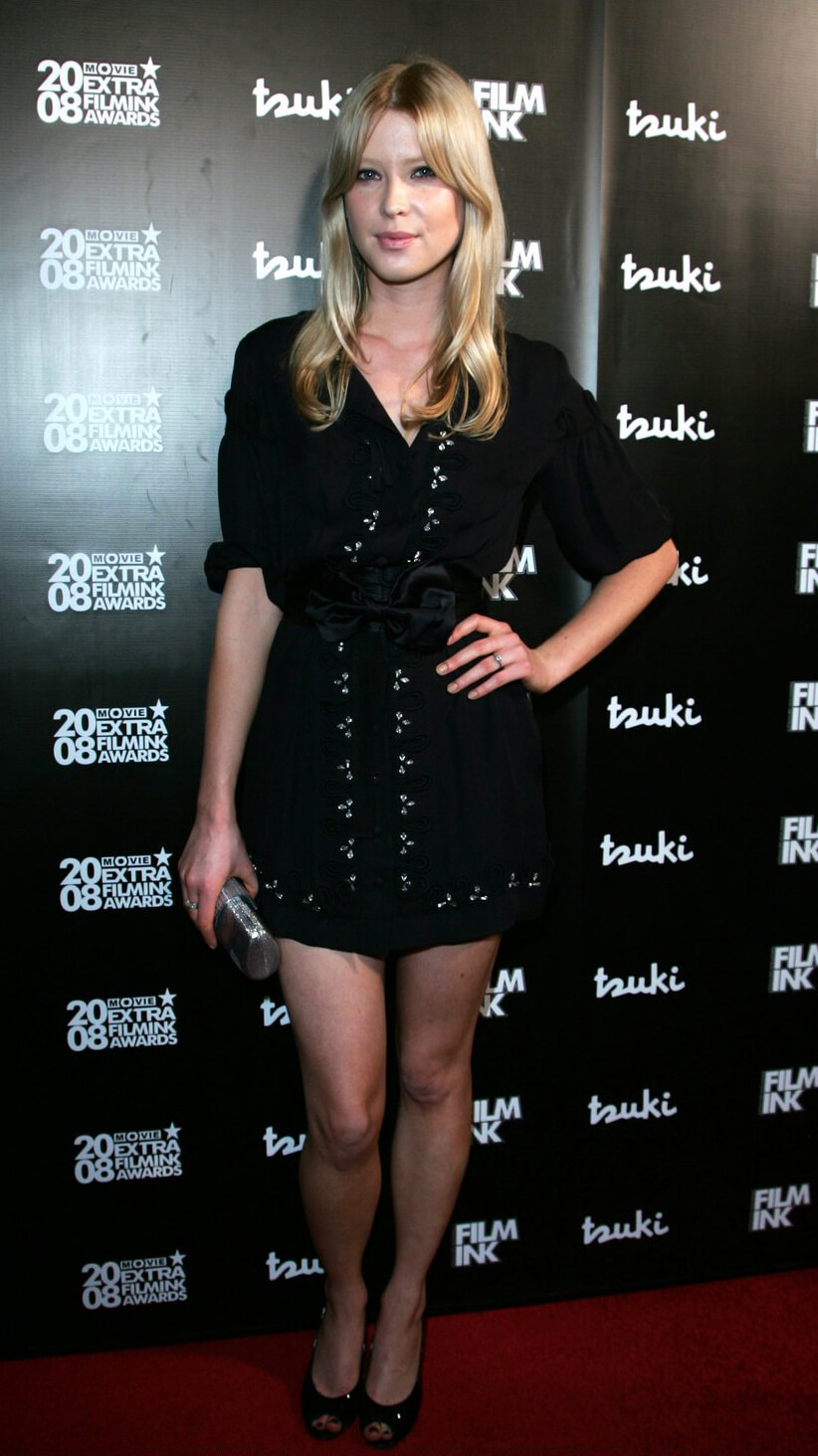 Emma Booth hot fets
