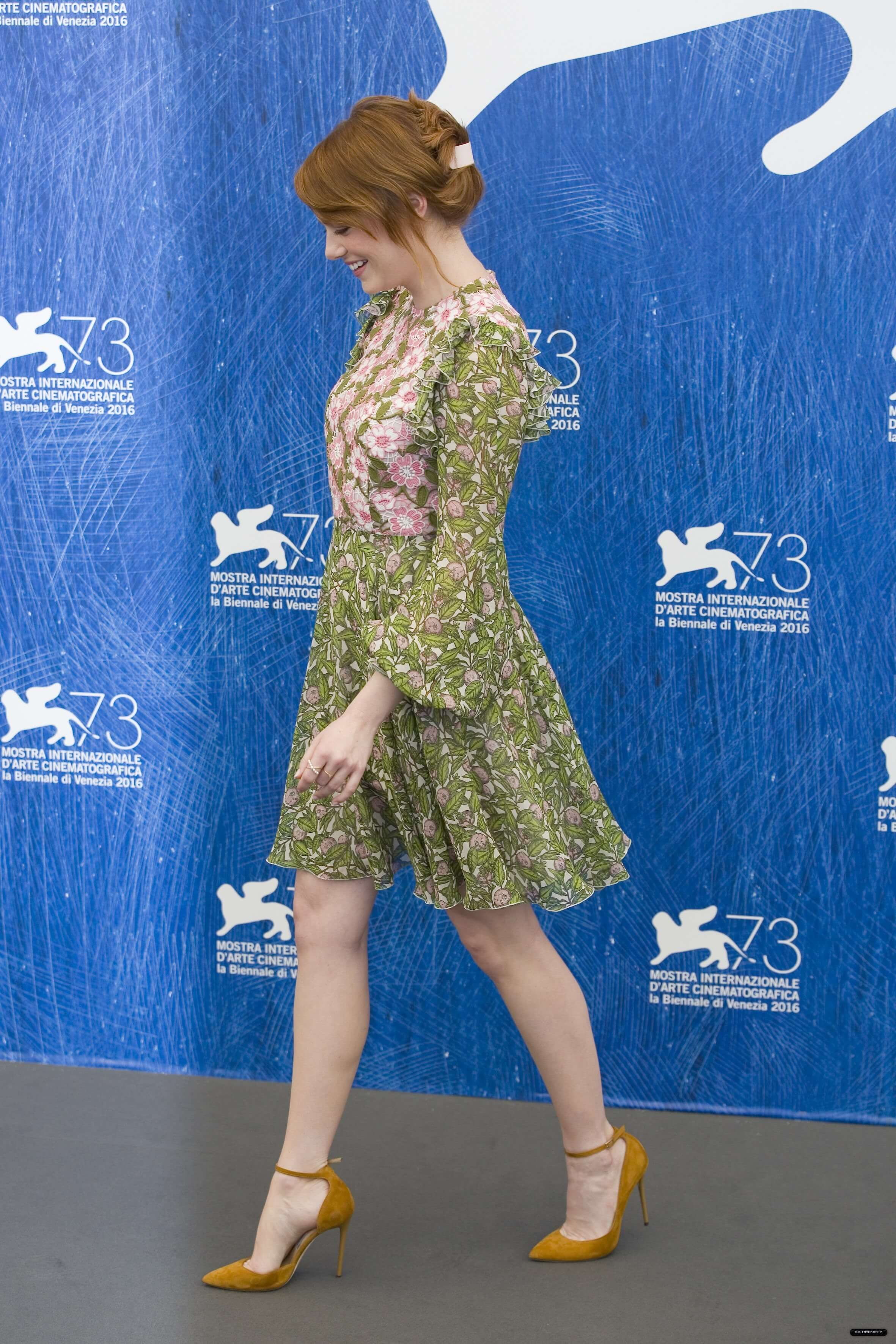 Emma Stone lovely cute pictures (1)
