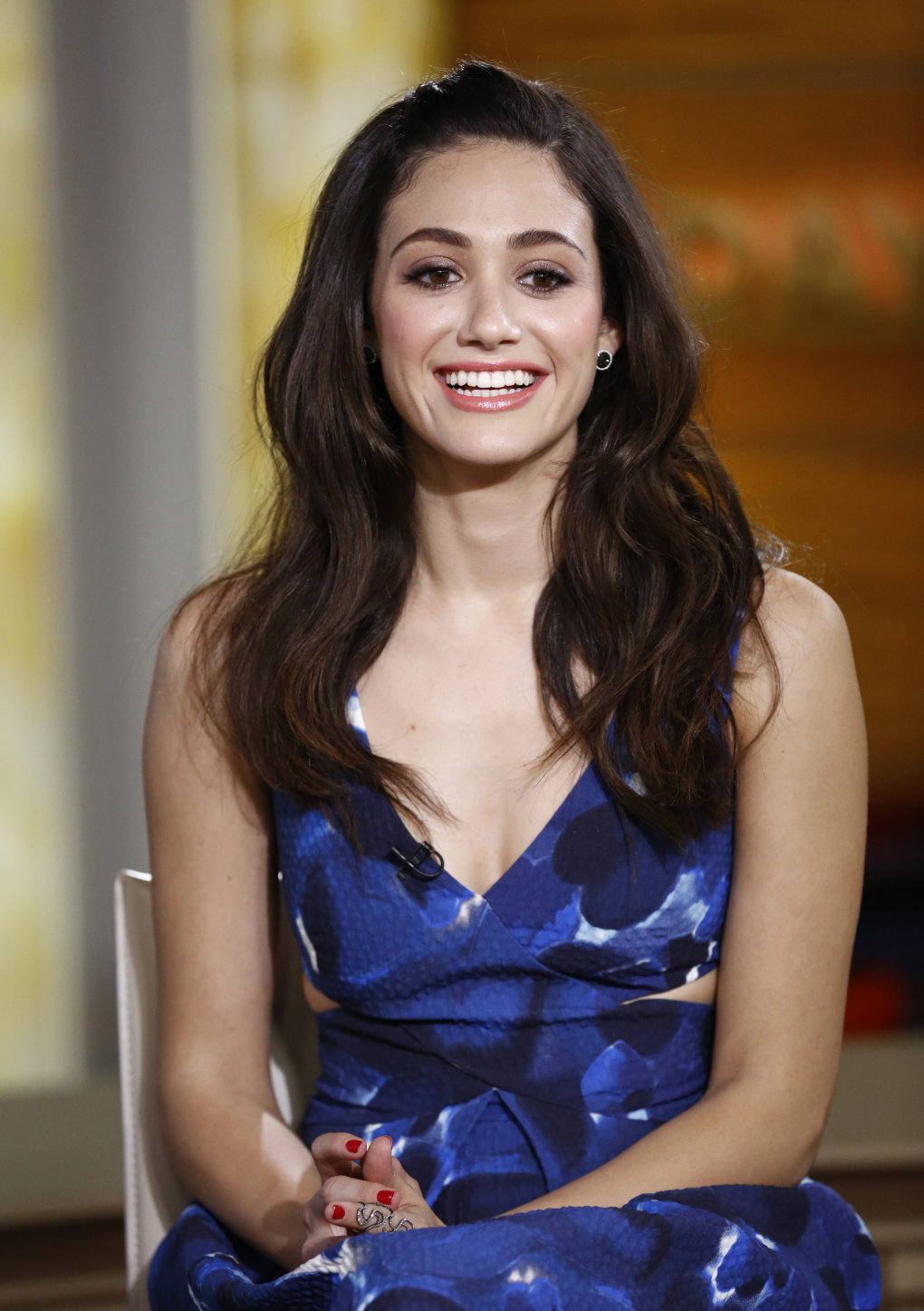 Emmy-Rossum-sexy-in-blue