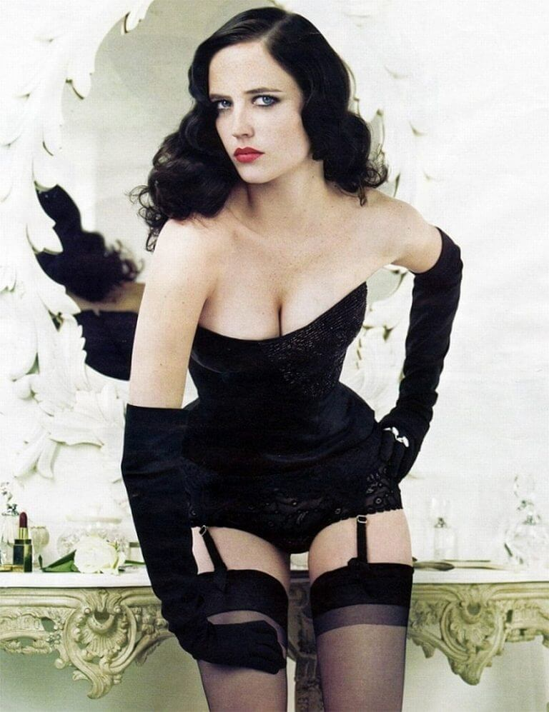 Eva-Green-hot-look-dress-768x997