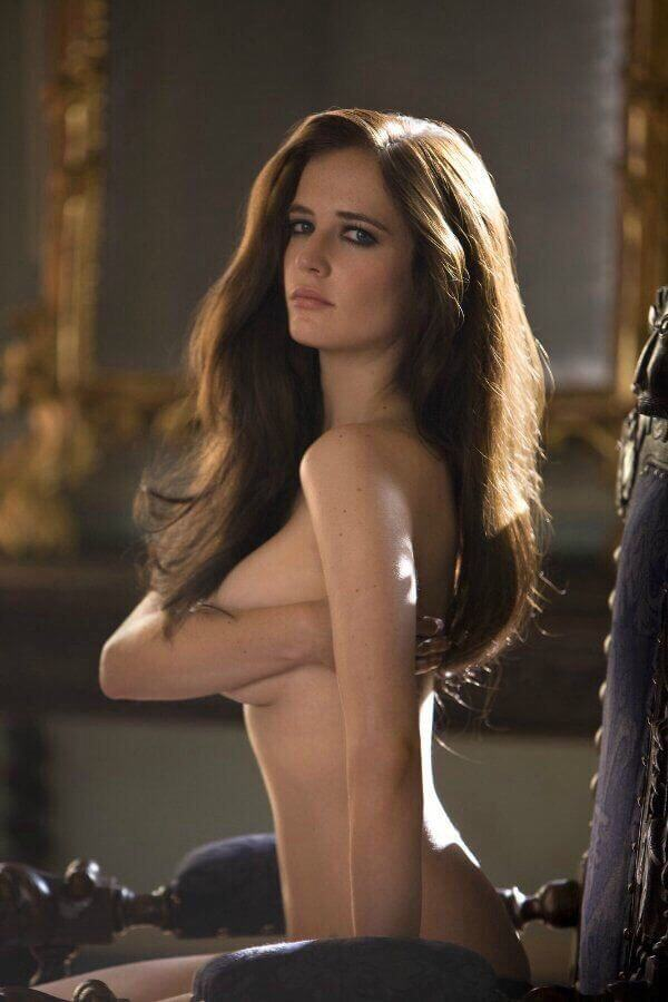 Eva-Green-topless