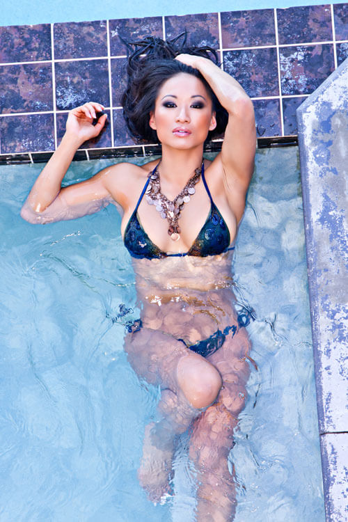Gail Kim sexy wet look (2)
