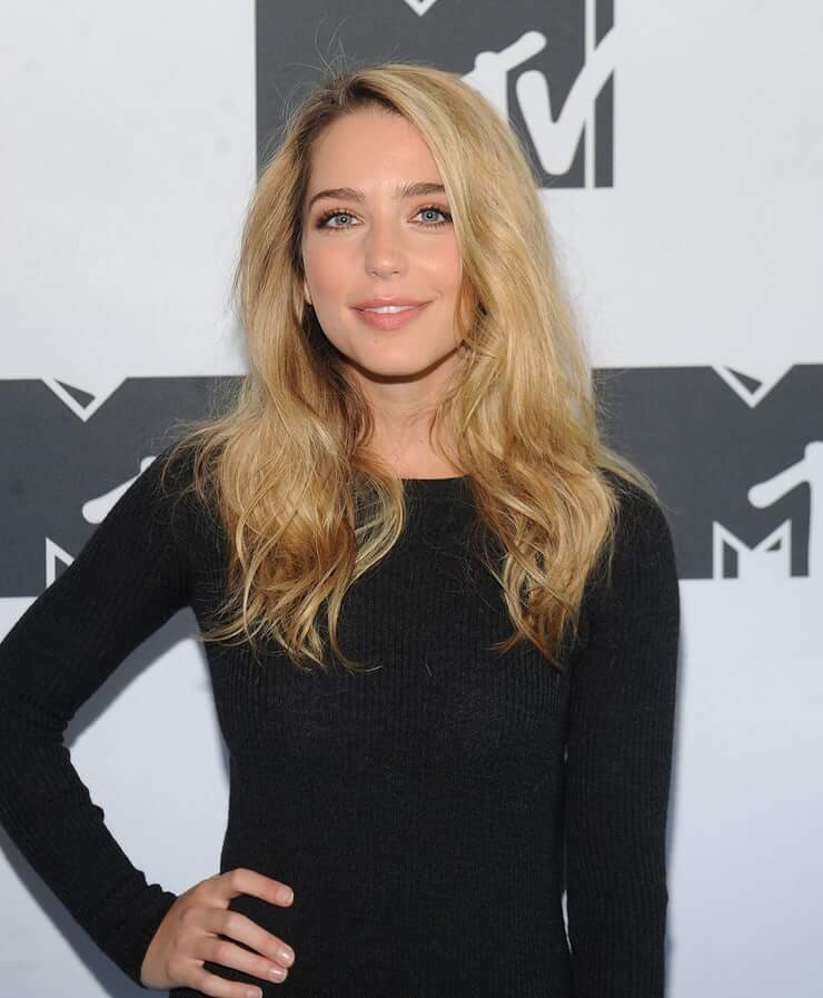 Jessica Rothe hottest pictures (3)