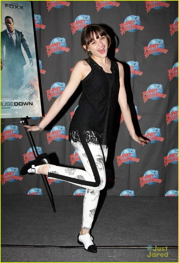 Joey King hot pictures (1)