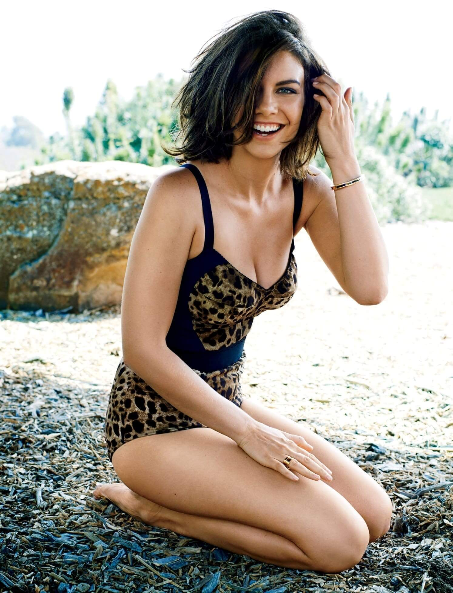 Lauren-Cohan-Hot-in-Swimsuit