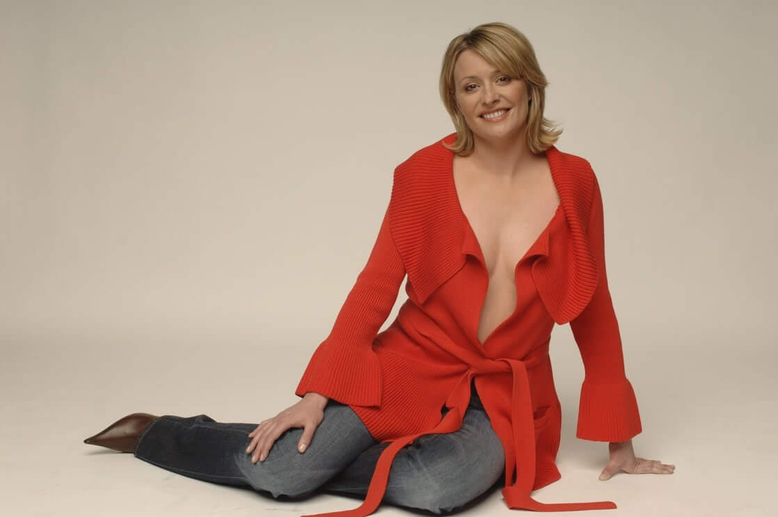 Laurie Brett red hot look