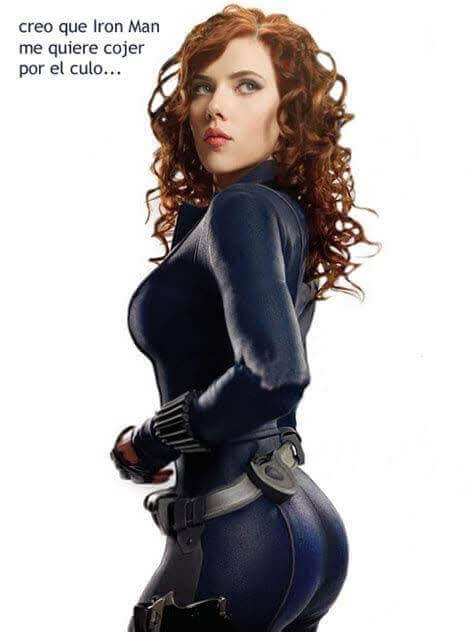Natasha Romanoff sexy side look
