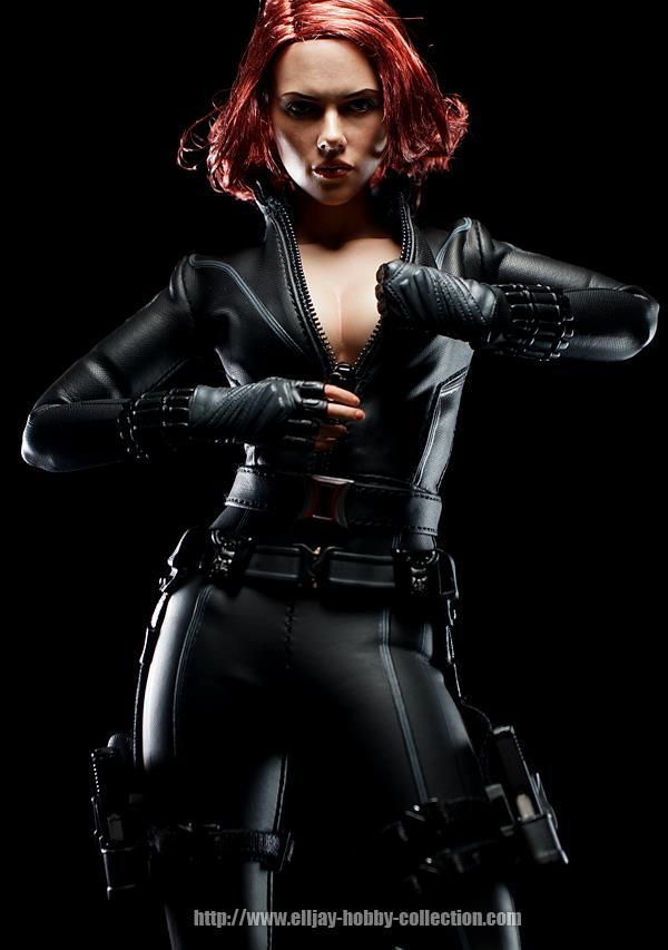 Natasha Romanoff sexy tite dress