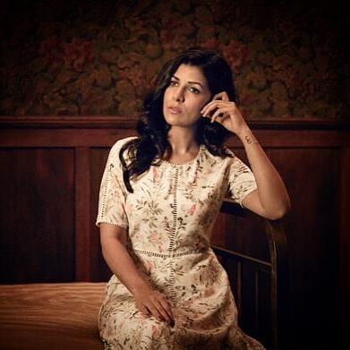 Nimrat Kaur beautiful pictures (2)