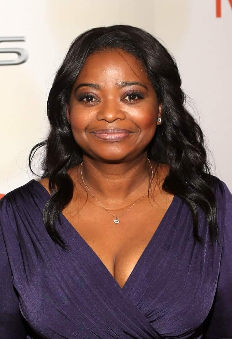Octavia Spencer hot cleavage