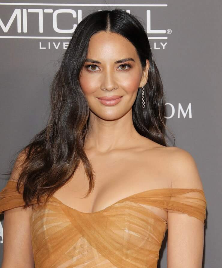 Olivia Munn big boobs photos (1)