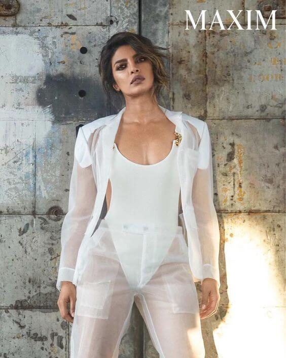 Priyanka Chopra hot cleavage